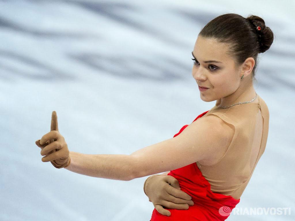 Третья золотая медаль от Аделины Сотниковой