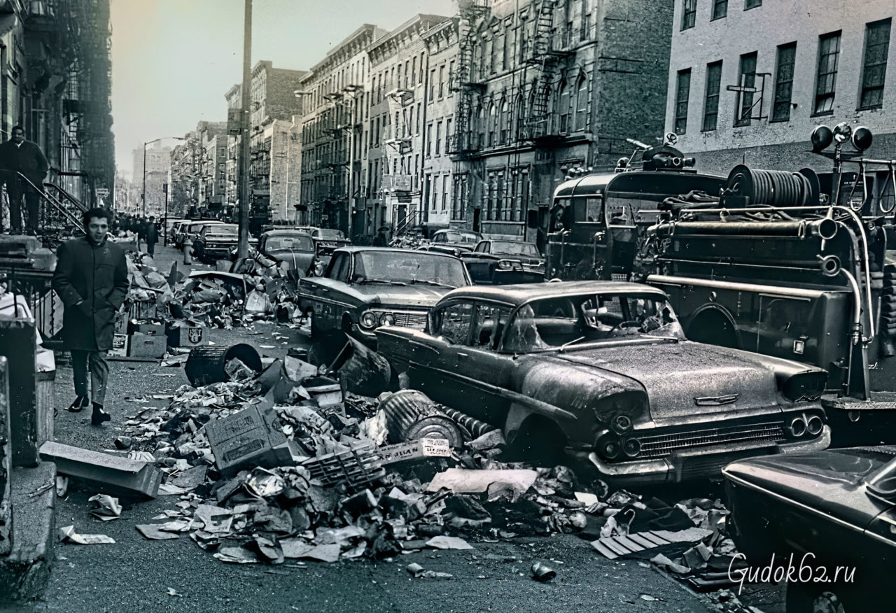В Нью-Йорке бастуют мусорщики, незадолго до убийства Мартина Лютера Кинга